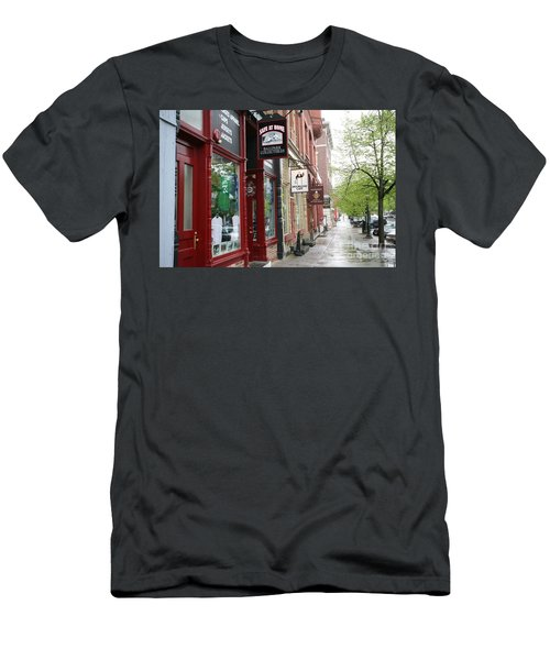 Streets Of Cooperstown Baseball Hall Of Fame Location  Men's T-Shirt (Athletic Fit)