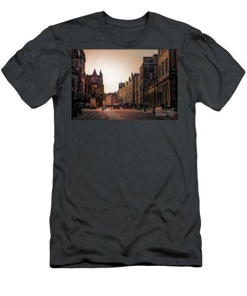 Streets Of Edinburgh Scotland  Men's T-Shirt (Athletic Fit)