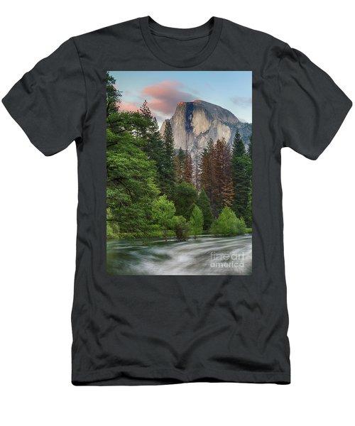 Summer Half Dome  Men's T-Shirt (Athletic Fit)