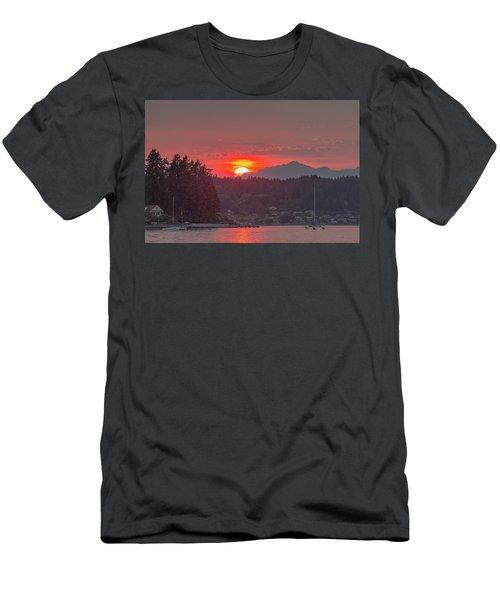 Summer Sunset Over Yukon Harbor.1 Men's T-Shirt (Athletic Fit)