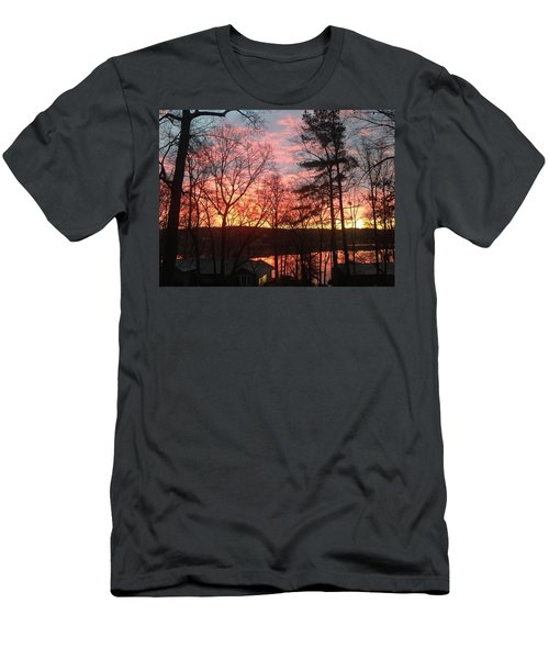 Sunrise At Carolina Trace Men's T-Shirt (Athletic Fit)