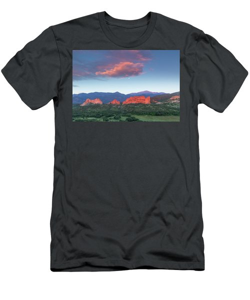 Sunrise At The Garden Of The Gods Men's T-Shirt (Athletic Fit)