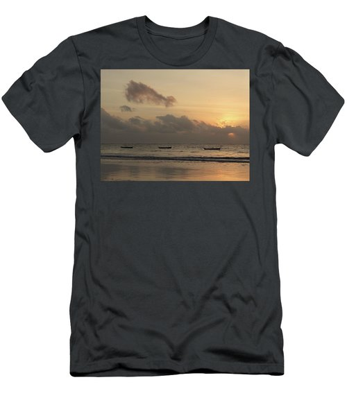 Sunrise On The Beach With Wooden Dhows Men's T-Shirt (Athletic Fit)
