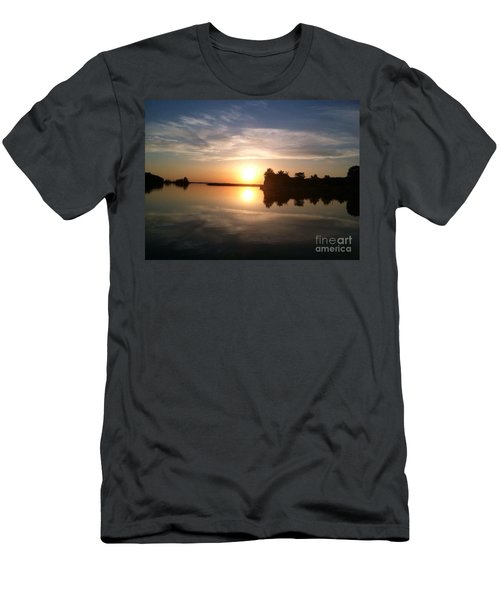 Sunset @ Rend Lake Men's T-Shirt (Athletic Fit)