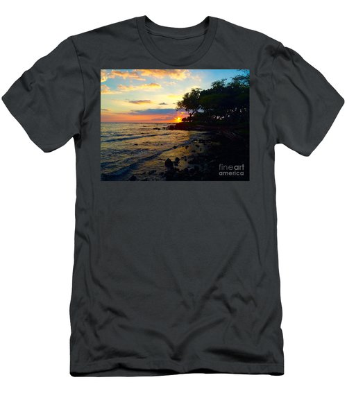 Sunset At A-bay Men's T-Shirt (Athletic Fit)