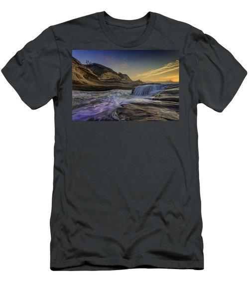 Sunset At Cape Kiwanda Men's T-Shirt (Athletic Fit)