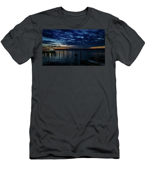 Sunset At The Dock Men's T-Shirt (Athletic Fit)