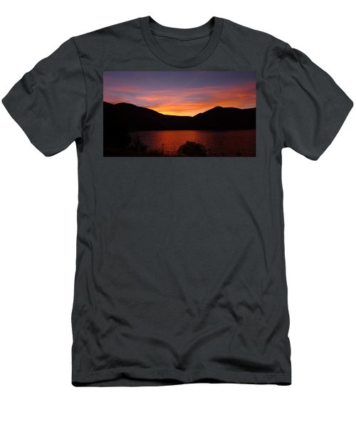 Sunset At Woodhead Campground  Men's T-Shirt (Slim Fit)