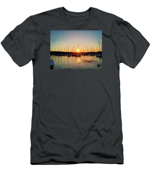 Sunset Cove 2015 Men's T-Shirt (Athletic Fit)