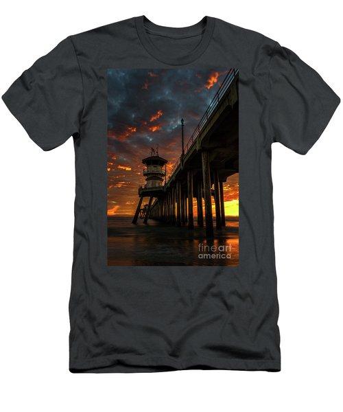Sunset Huntington Beach Pier Men's T-Shirt (Athletic Fit)