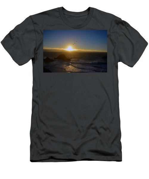 Sunset In San Francisco Men's T-Shirt (Athletic Fit)