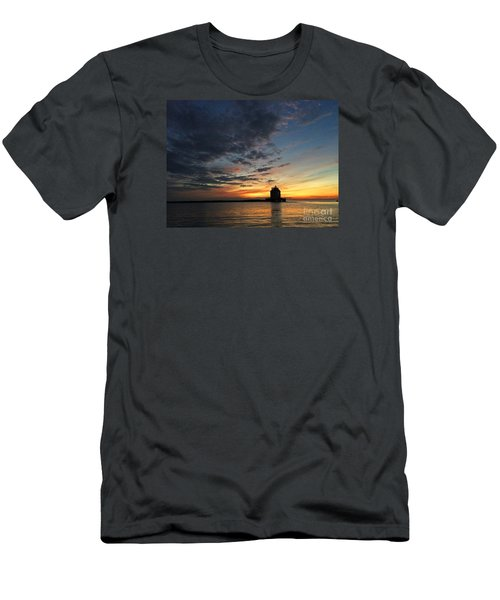 Sunset On Lorain Lighthouse Men's T-Shirt (Athletic Fit)