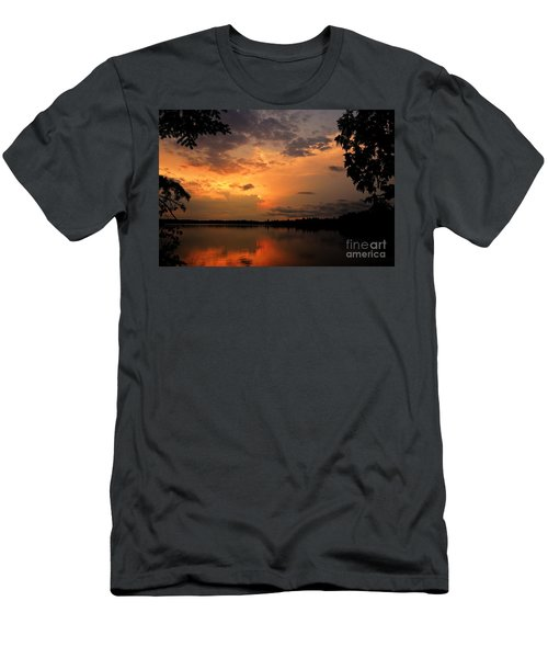 Men's T-Shirt (Slim Fit) featuring the photograph Sunset On Thomas Lake by Larry Ricker
