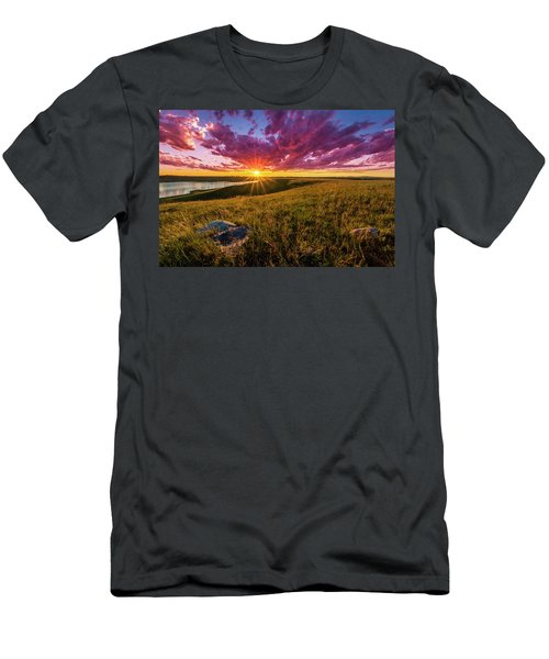 Sunset Over Lake Oahe Men's T-Shirt (Athletic Fit)