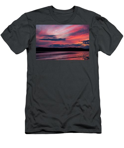 Sunset Red Lake Men's T-Shirt (Athletic Fit)