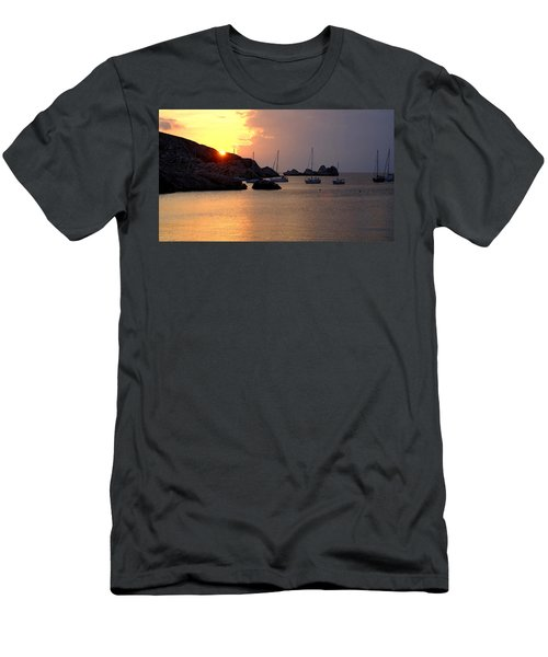 Sunset Sailing Boats Men's T-Shirt (Athletic Fit)