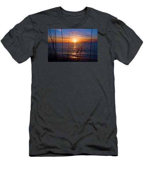 Sw Florida Sunset Men's T-Shirt (Athletic Fit)