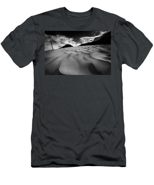 Swerves And Curves In Jasper Men's T-Shirt (Athletic Fit)