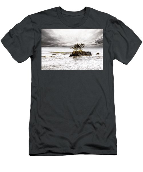 Gorgeous Tahiti Men's T-Shirt (Athletic Fit)
