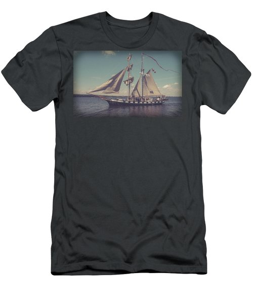 Tall Ship - 4 Men's T-Shirt (Athletic Fit)