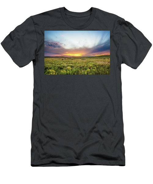 Tallgrass Prairie - Incredible Sunset Over Open Plains In Oklahoma Men's T-Shirt (Athletic Fit)