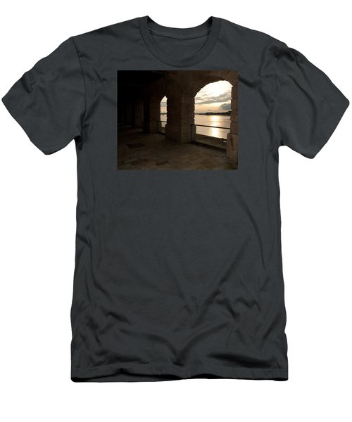 Tamar Estuary Sunset Men's T-Shirt (Athletic Fit)