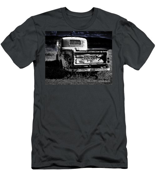 Taos Dodge B-w Men's T-Shirt (Athletic Fit)