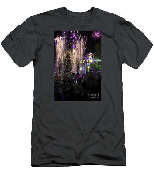 Tcu Christmas Tree Lighting Celebration Men's T-Shirt (Athletic Fit)