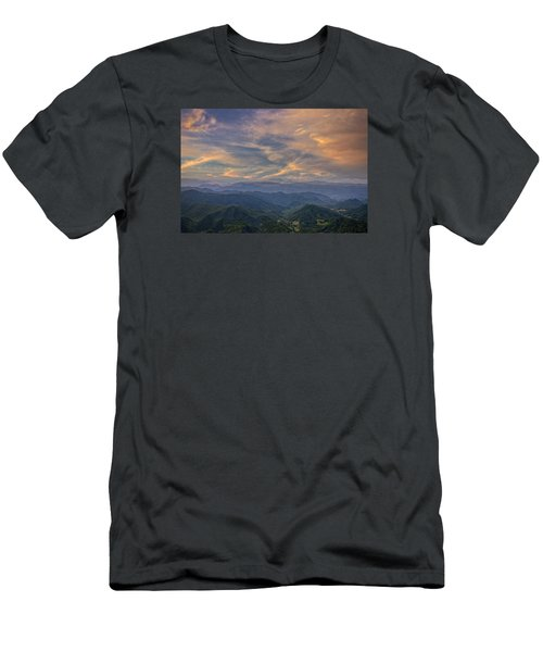 Tennessee Mountains Sunset Men's T-Shirt (Athletic Fit)