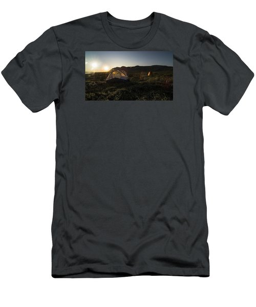 Tenting In The Midnight Sun Men's T-Shirt (Athletic Fit)