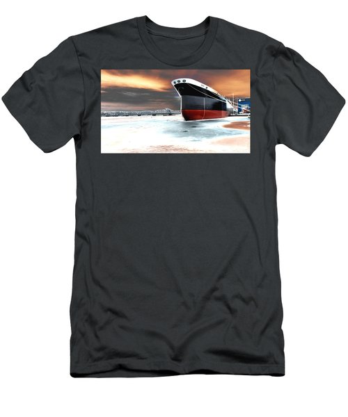 The Ship And The Steel Bridge. Men's T-Shirt (Athletic Fit)