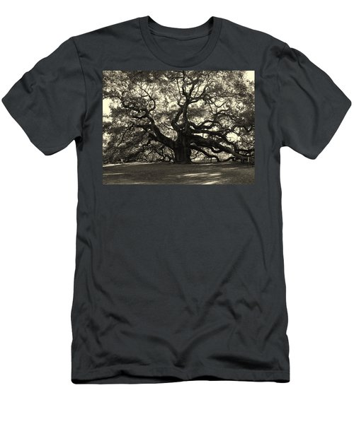 The Angel Oak Men's T-Shirt (Athletic Fit)