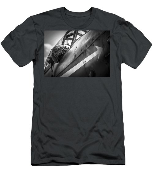 The Aviator - Bw Series Men's T-Shirt (Athletic Fit)