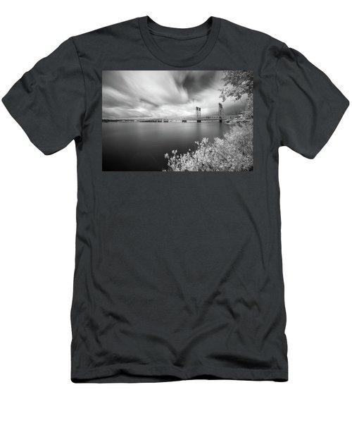The Bridge Crosses Columbia River Men's T-Shirt (Athletic Fit)