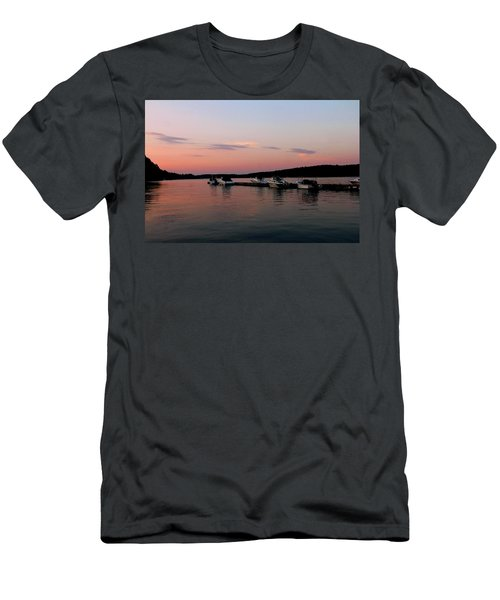 The City Of Ships Men's T-Shirt (Athletic Fit)