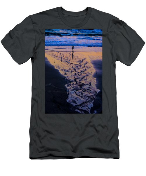 Men's T-Shirt (Slim Fit) featuring the photograph The Comming Day by Dale Stillman