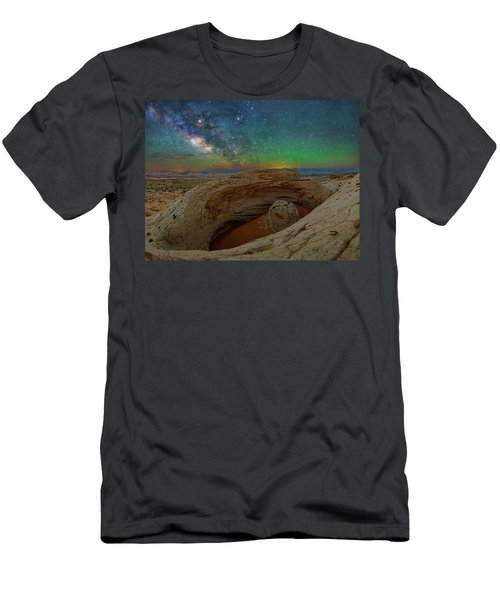The Eye Of Earth Men's T-Shirt (Athletic Fit)
