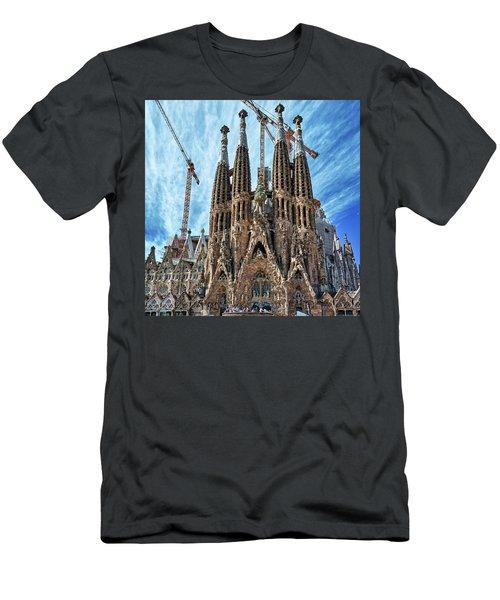 The Facade Of The Sagrada Familia Men's T-Shirt (Athletic Fit)