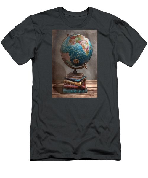 The Globe Men's T-Shirt (Athletic Fit)