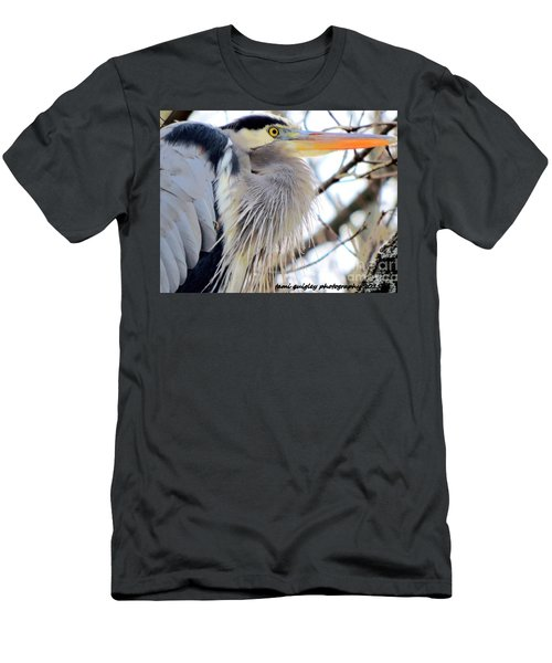 The Heron In Winter  Men's T-Shirt (Athletic Fit)