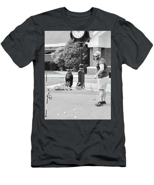 The Links To Freedom Men's T-Shirt (Athletic Fit)