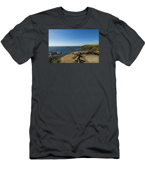 The Lizard Point Men's T-Shirt (Slim Fit)