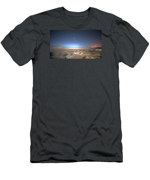 The Ocean Desert Men's T-Shirt (Slim Fit) by Robert Och
