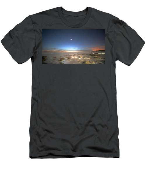 The Ocean Desert Men's T-Shirt (Athletic Fit)