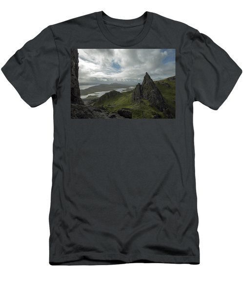 The Old Man Of Storr Men's T-Shirt (Athletic Fit)