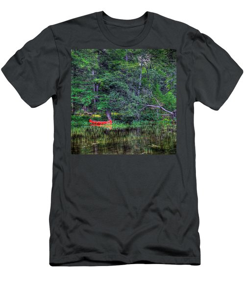 The Red Canoe Men's T-Shirt (Slim Fit) by David Patterson
