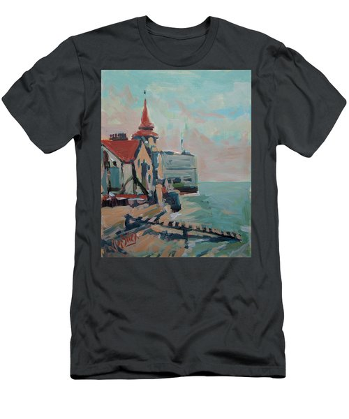 The Round Tower Of Portsmouth Men's T-Shirt (Athletic Fit)