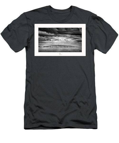 The Shipwreck  Men's T-Shirt (Athletic Fit)