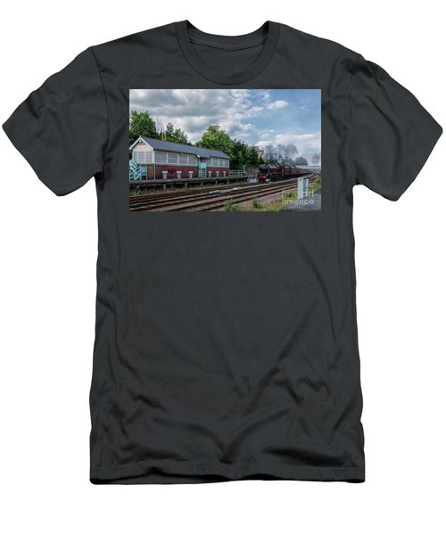 The Spa Express Departing Scarborough Men's T-Shirt (Athletic Fit)