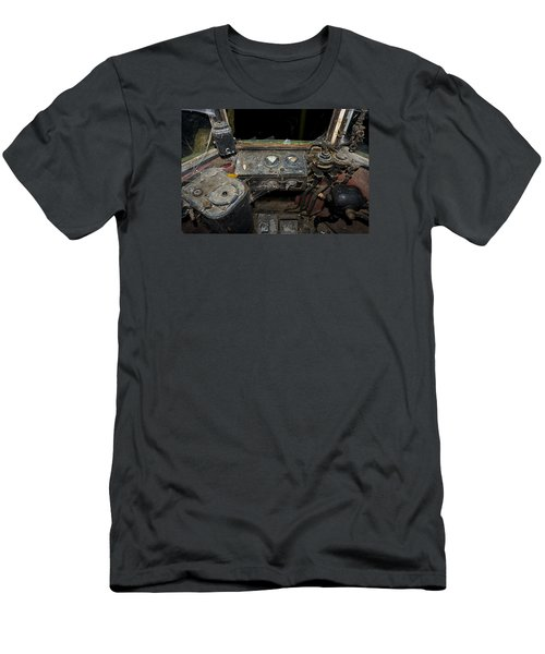 The Tram Leaves The Station... Instruments Men's T-Shirt (Athletic Fit)
